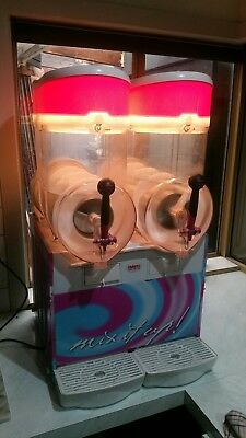 Slushie machine best in the world 18 litre twin bowl made in Italy never used.