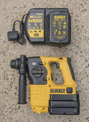 DeWALT DC223, Heavy Duty 3 Mode Cordless Hammerdrill, 24 Volt