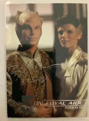 Babylon 5 Bill Mummy Hand Signed Lennier 1995 Fleer Trading Card #106