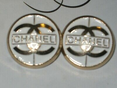 CHANEL  2 CC  LOGO white, MATTE GOLD  20mm BUTTONS THIS IS FOR 2