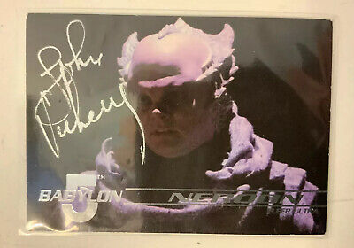 Babylon 5 John Vickery Hand Signed Neroon 1995 Fleer Trading Card #26
