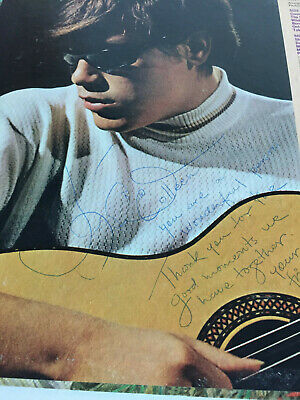 Rare signed Jose Feliciano vinyl lp lot w/book detailing relationship with Jose