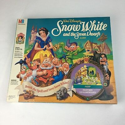 Disney Snow White and the Seven Dwarfs Board Game Milton Bradley VNTG 1992