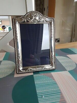 Lovely vintage Carrs 925 silver embossed photo frame