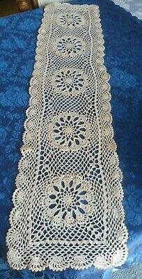 STUNNING VINTAGE HAND CROCHETED CREAM COTTON TABLE RUNNER 106 cms x 24 cms