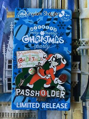 2019 Disney Mickey's Very Merry Christmas Party AP Passholder Goofy Pin