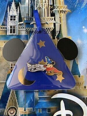 2019 Disney Parks Holiday Gifting Christmas Limited Release Pin Sorcerer Mickey