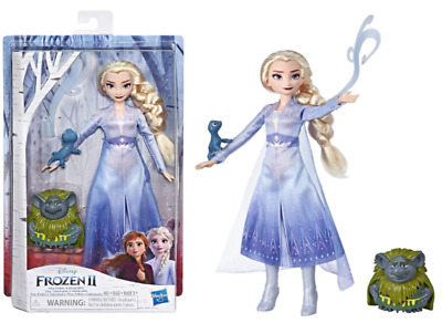 Frozen 2 Elsa Fashion Doll in Travel Outfit with Pabbie & Salamander Figures Toy