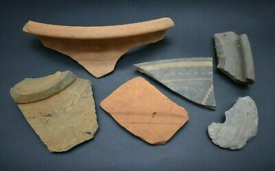 Mixed lot of ancient Roman & Bronze Age pottery fragments