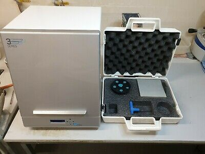 Dental Wings 3 Series Model Scanner includes accessories and all cables