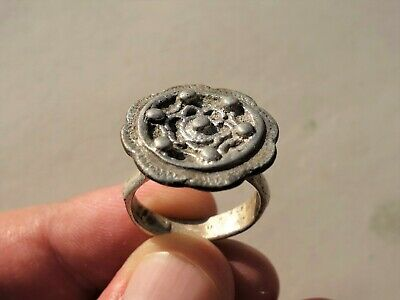 ancient Byzantine silver ring, made nicely decorated on the bezel