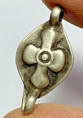 INTACT-POST MEDIEVAL SILVER CHRISTIAN CROSS PENDANT CIRCA 1500 AD 1.6gr 31mm