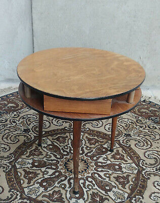 Small round Table Pedestal Table Vintage