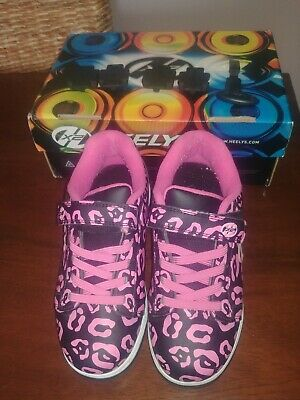 Girls Heely's Size 3 Black and Hot Pink Leopard Print