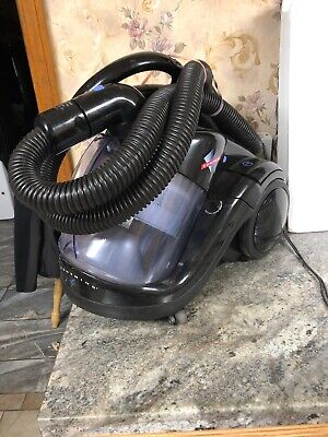 Fantom Lightning Bagless Cansiter Vacuum Cleaner W/Onboard Attachments