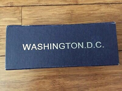 VINTAGE Washington Monument DC Memorial Crystal Glass Paperweight Souvenir w/BOX