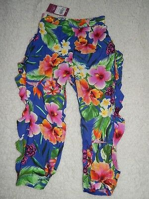 BNWT Girls Floral Trousers In Size 5 Years
