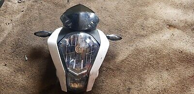2015 KTM 125 Duke Headlight, Surround, Front Indicators (Pair) & Screen #G53