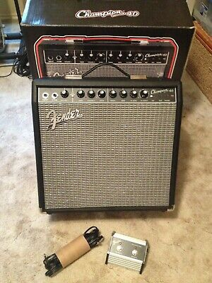 Fender Champion 40 Package _ foot switch, amp cover, Warehouse Speaker included