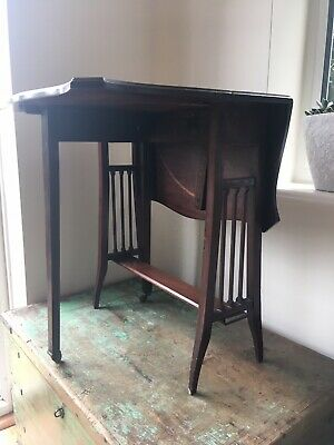 Small Elegant Antique Victorian Mahogany Drop Leaf Sutherland Side Table Castors
