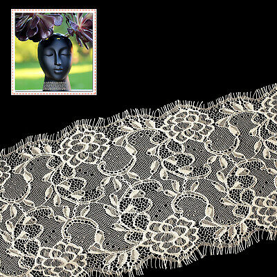 L29 Vintage Lace Embroidered with Scalloped Edge Eyelash Trim in Beige 3 Meters