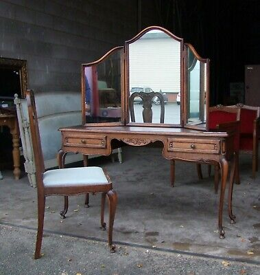 Louis XV Style French Carved Dark Oak Ladies Dressing Table & Chair - (SVDT1)
