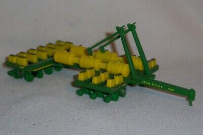 1//64 John Deere 1775NT Planter Toy by Ertl #45513 LP53304