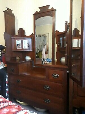 Beautiful Large Antique Victorian Dressing Table With Mirrors
