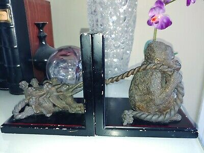 Gorilla & Matching Baby Gorillas Bookends Bombay Company A Must Have! SHIPS FAST