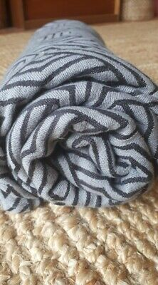 Woven Wings Geo Black and Grey Woven Wrap sling size 4 (3.6 metres)