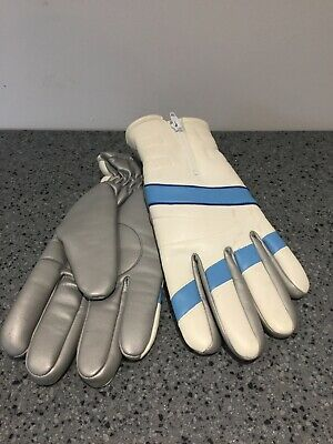 Vintage Ski Gloves in white, blue and silver size medium/large 1970s
