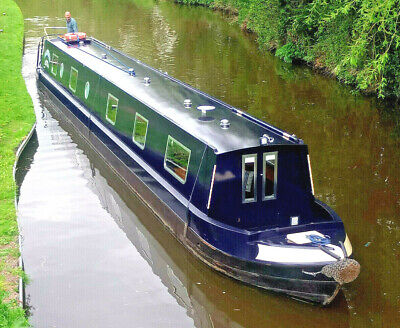 Canal Narrowboat Holiday Boat Hire £140 / Canal Narrowboat Experience Days £150