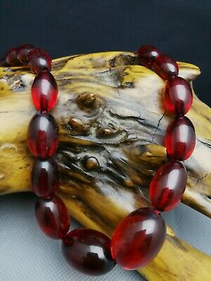 ART DECO VINTAGE Faceted CHERRY AMBER BAKELITE BEADS NECKLACE 40 G