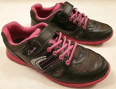 Clarks Prance Star Infants Kids UK 1 F Black and Pink Leather Riptape Trainers