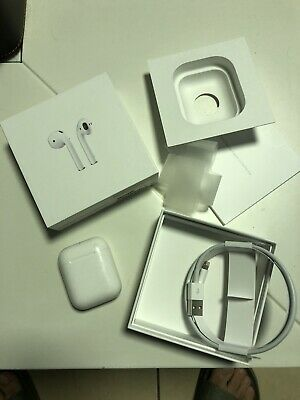 Apple Airpods In Ear Bluetooth Headphones with Charging Case - White (MMEF2AM/A)
