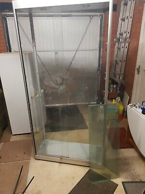 Retail Shop glass lockable display cupboard cabinet  Can Deliver Lincolnshire