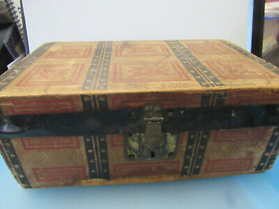 Wood Camel Top Salesman Sample Steamer Trunk Treasure Chest Doll Toy Box