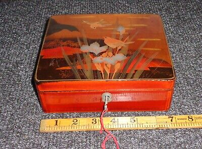 Japanese Box  Lacquered Wooden Kodansu Vintage Lacquer Ware with key