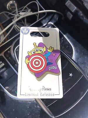 Disney Parks Play Pin Toy Story Midway Mania Little Green Alien Men SOLD OUT LTD