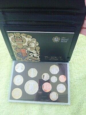 2009 Royal Mint Proof Coin Set in leather Case includes rare Kew Gardens 50p
