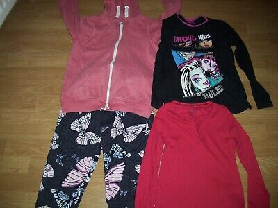 Girls bundle of winter clothing.Age 8-9 yrs.Trousers, hoodie, tops.