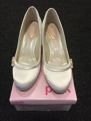 Dahlia Paradox Pink Wedding/Glamour Shoes In Ivory Satin. Size 5 (38)