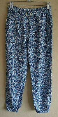 Mini Boden White Trousers with a Blue Floral Pattern with Pockets Age 11 years