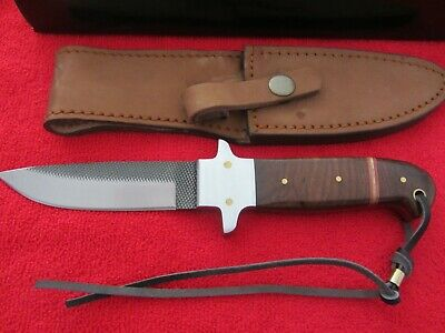 Hunting Knife..thick Blade..hand Made..walnut Handle.great Looking Knife....