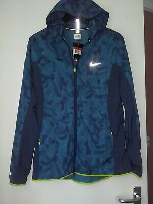 Ladies  Nike Running Jacket Size Large  Packable Stay Warm Jacket Brand New