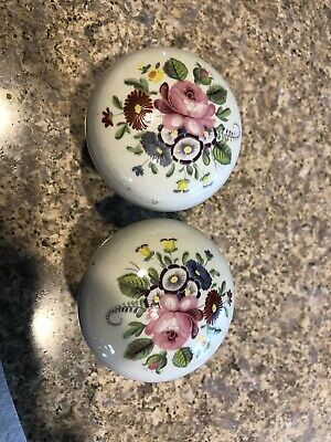 2 ANTIQUE / VINTAGE CHINA / PORCELAIN WITH Flowers DOOR KNOBS
