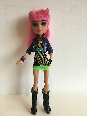 Monster High Doll Howleen Wolf 13 Wishes