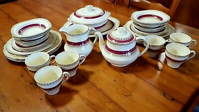 Alfred Meakin Antique Dinner Set