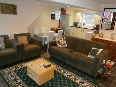 Dog Friendly Holiday Condominium in Mid Wales, Close to Major Walking Routes.