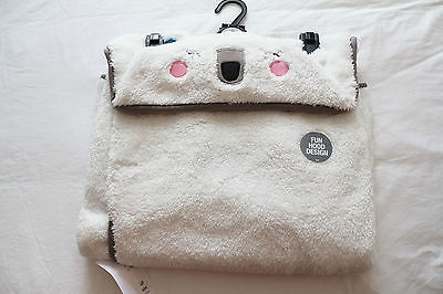 NEW Girls Polar Bear Hooded Wrap Blanket Dressing Gown 1-7 years M&S BNWT